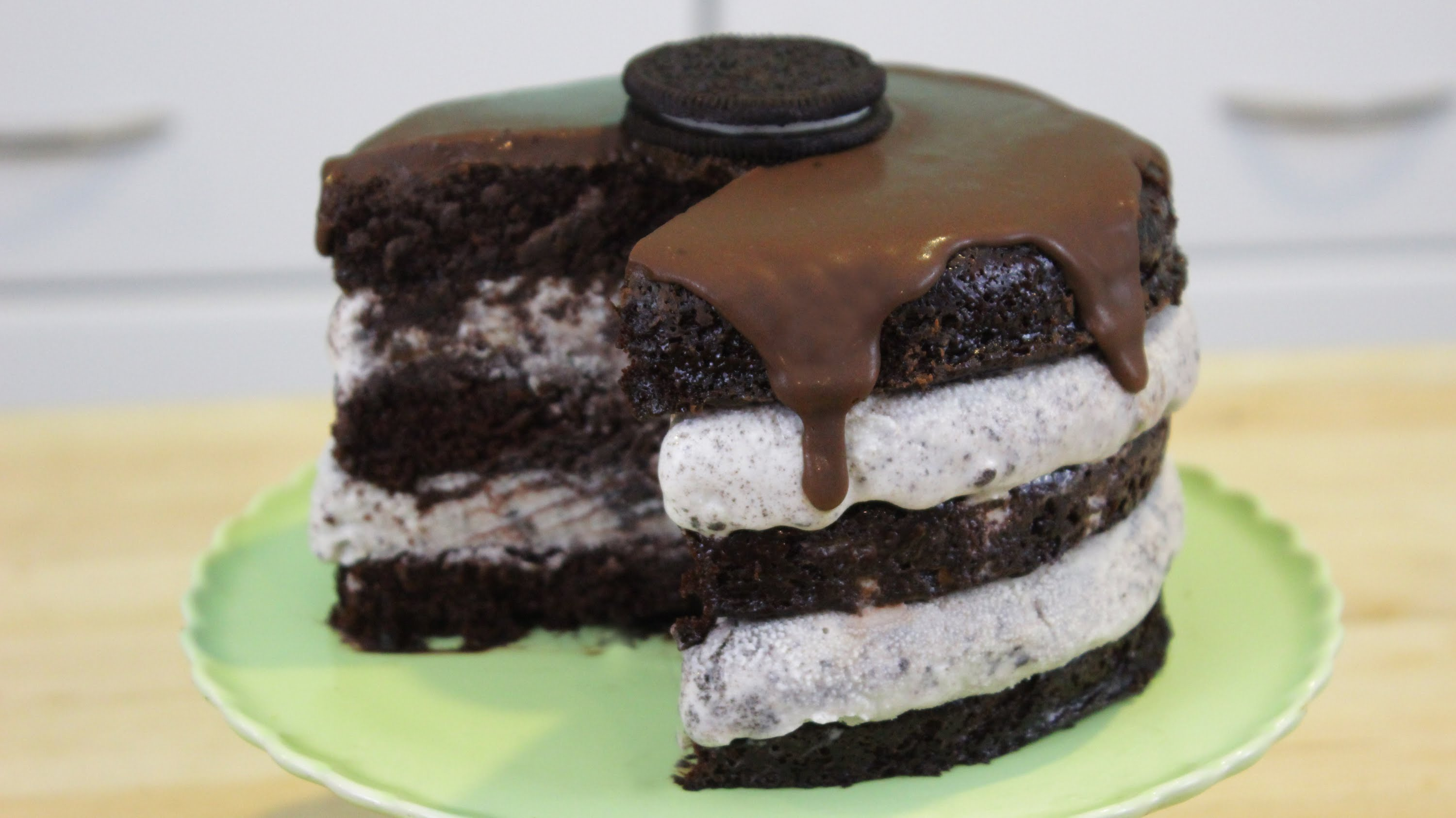 Oreo Ice-Cream Cake That Is Super Simple To Make