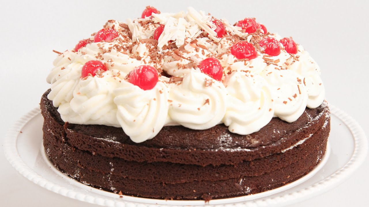 Find Out Why You Can't Say NO To This Black Forest Cake (RECIPE INCLUDED)