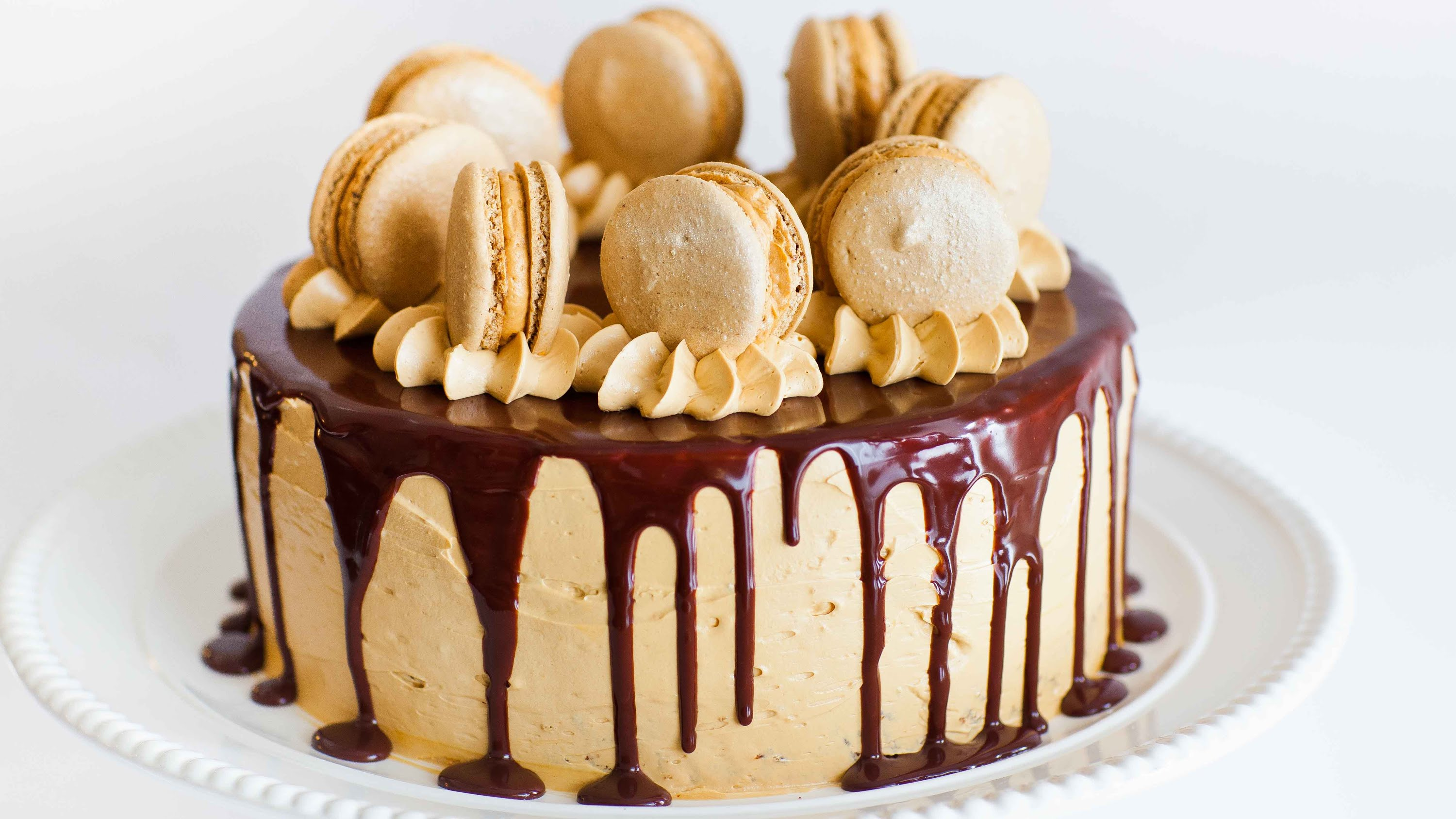 Just The Name Of This Cake Is Enough To Get You Hooked – Coffee Caramel Cake With Chocolate Ganache