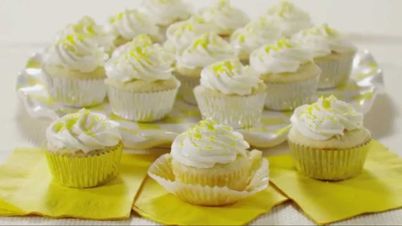 These Lemon Cupcakes Take Cupcakes To A Whole New Level