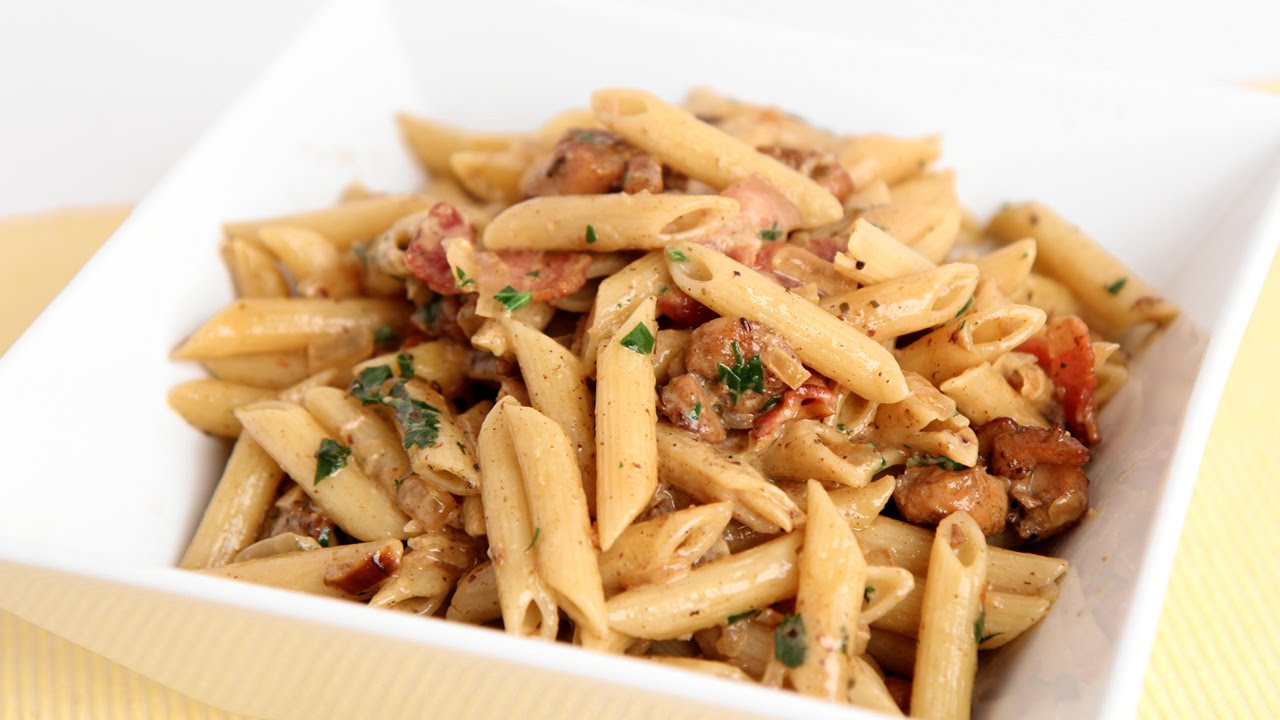 A Bacon Chicken Pasta Meal That is Quick And Easy To Make