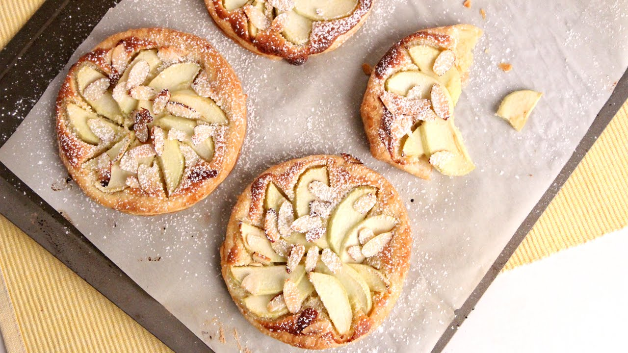 Change It Up This Season With This Almond Apple Tart. Yummy