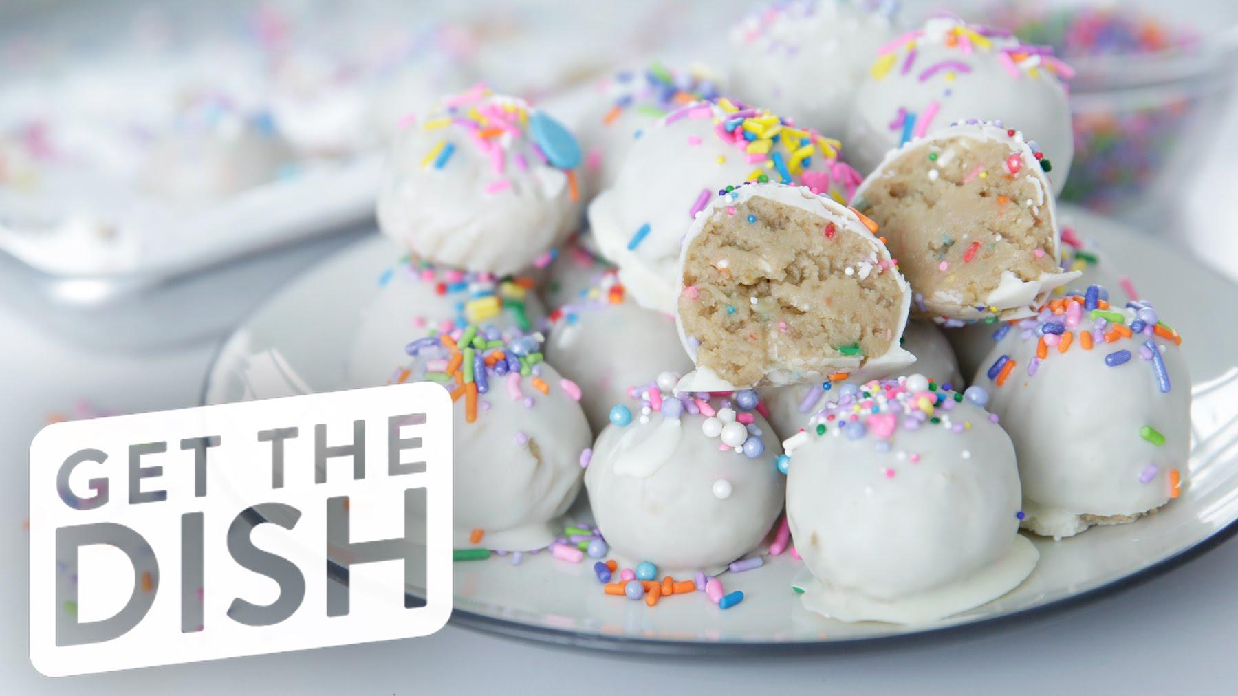 The Brilliant And Delicious Way To Make No-Bake Birthday Cake Oreo Truffles