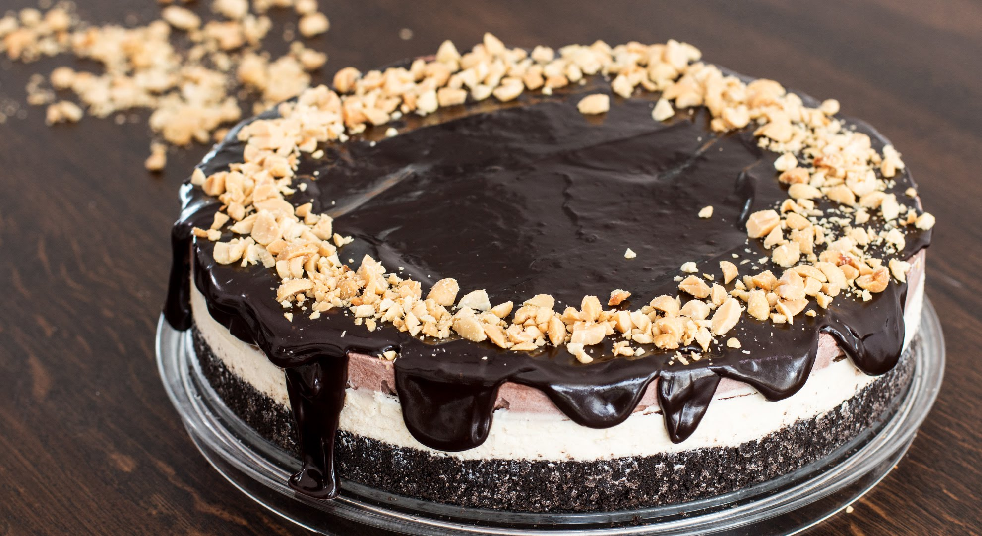 A No-Bake Chocolate Peanut Butter Ice Cream Cake