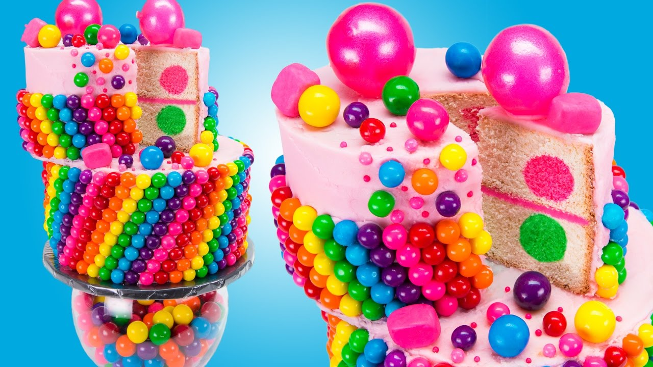 You Will Never Guess The Secret Ingredient Of This Rainbow Wacky Cake