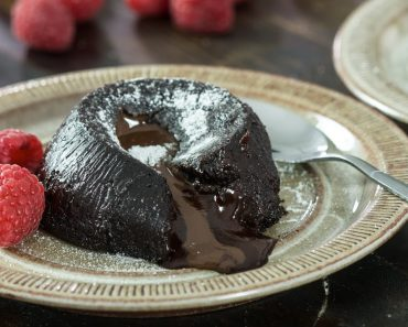 By Not Adding This Common Ingredient, She Creates A Lava Cake That More People Can Enjoy